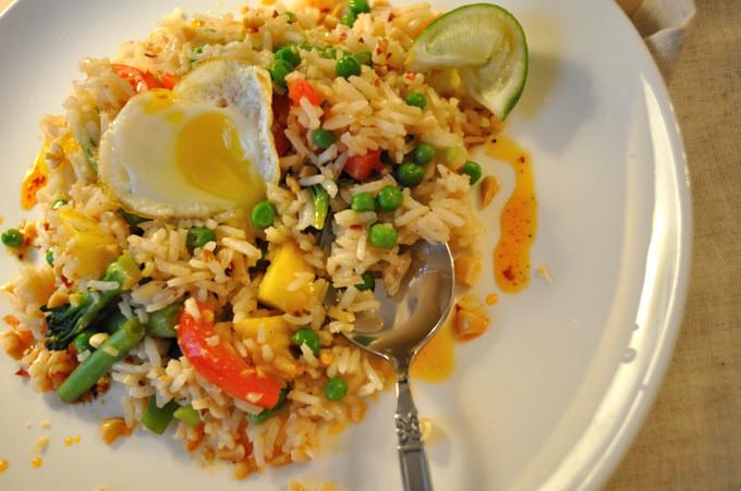 Thai Freid Rice, breaking the egg