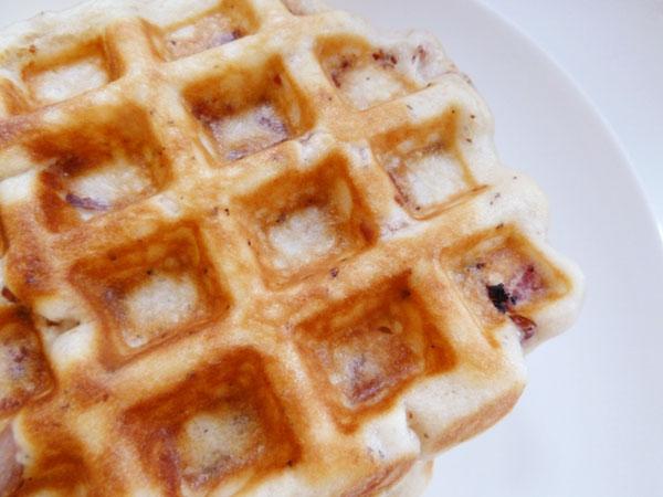 Buttermilk_Black_Pepper_Bacon_Waffles