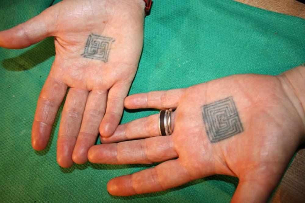 Chef Crawford`s Hands, Ruby Watchco (coopspeakeats.blogspot.com)