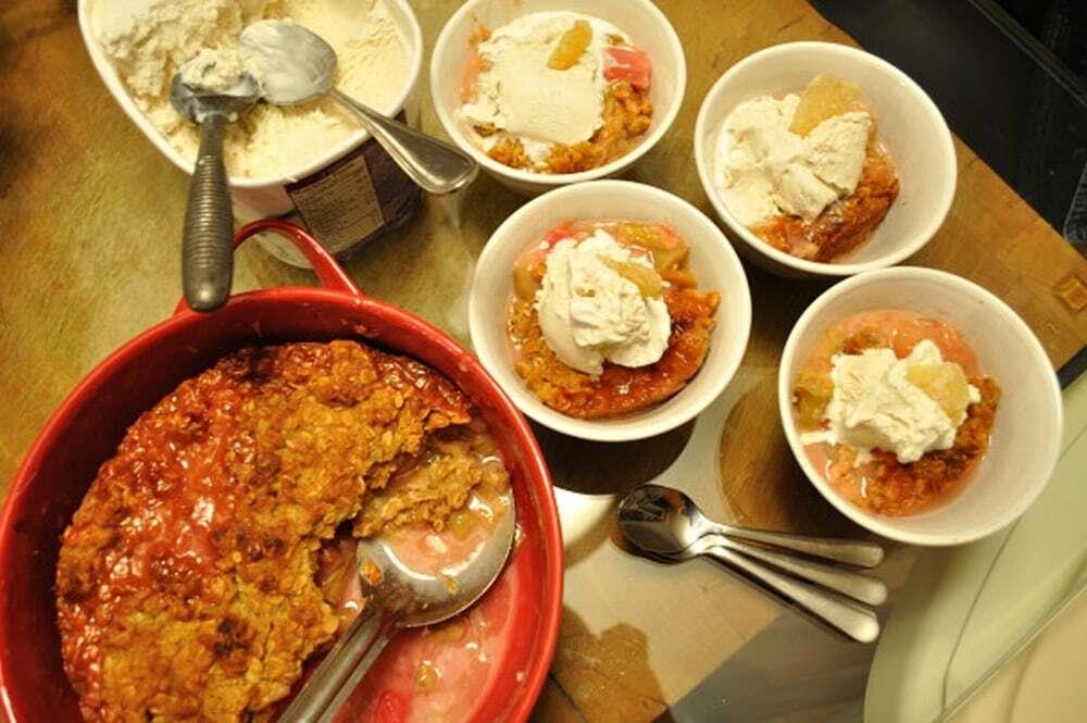 Rhubarb Ginger Crisp - Food Gypsy