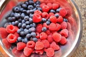 Blueberries & Raspberries - Food Gypsy