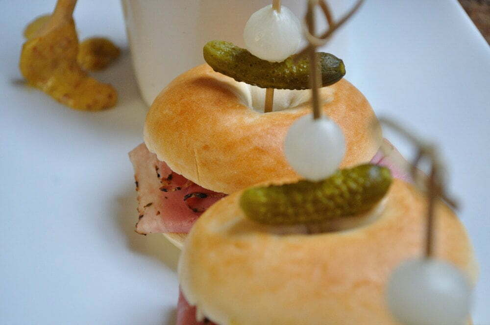 Montreal Smoked Meat Deli Sliders - Food Gypsy