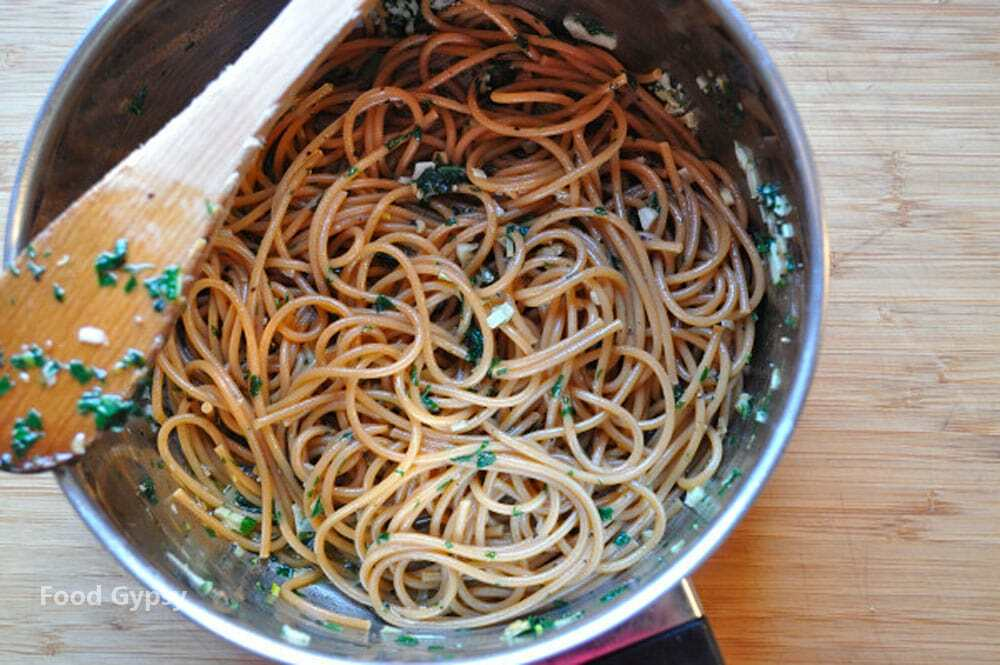 Spaghetti With Parsley & Garlic - FG Copy