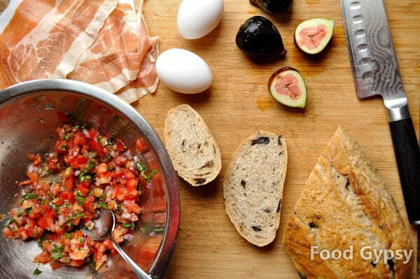 Italian Poached Eggs, Food Gypsy